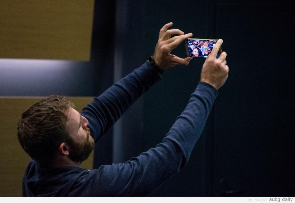 Radkov taking a selfie with the audience; Steliyana Yordanova for AUBG Daily