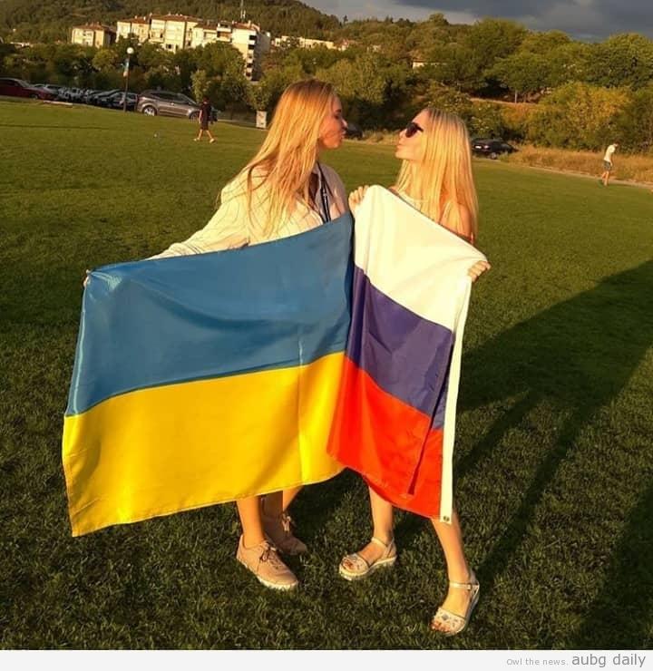 From left to right: Veronika Starodub, Margarita Chernova. Photo from the personal archieve of Veronika Starodub.